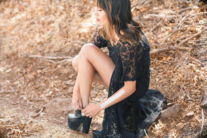 2014_11_18_FashionMuse_FrankVinyl_BlackMagicLace_06