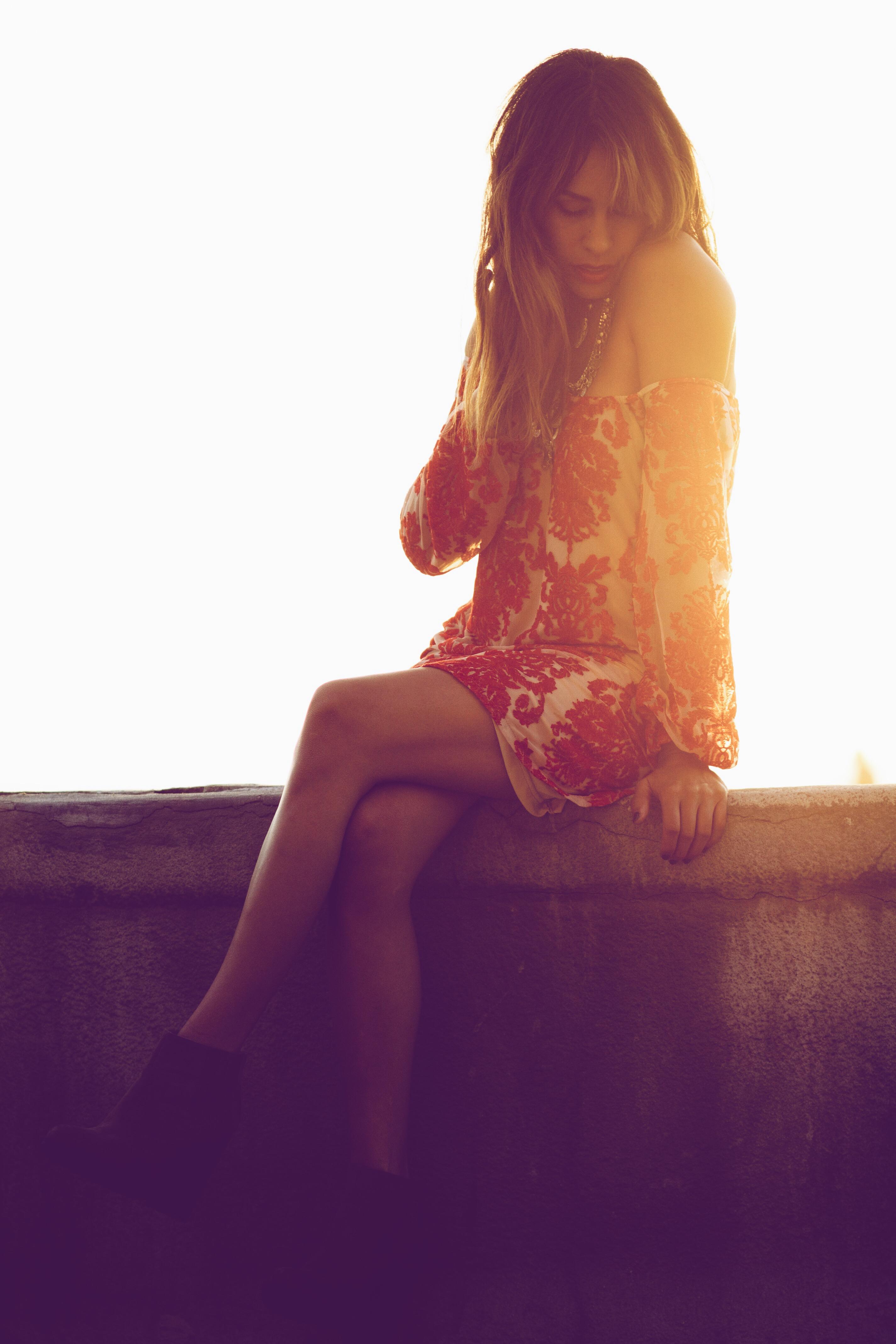 2014_12_15_FashionMuse_FrankVinyl_BargainMission_2V