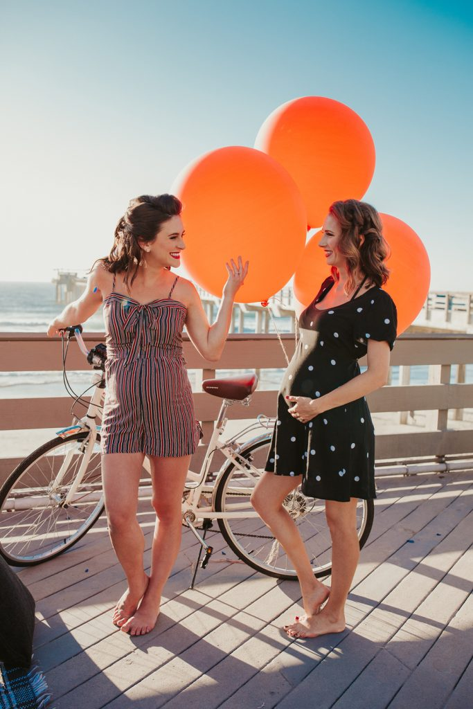 MATERNITY photos: Retro + Vintage Gal Pals